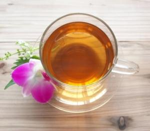 お茶ダイエットが簡単で確実に痩せれると大人気