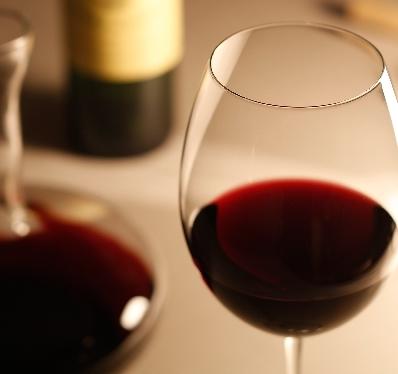 赤ワインの美容効果が凄すごる!!