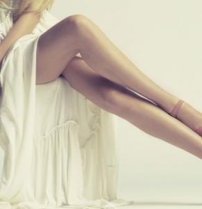 即美脚になれるストッキング着用方法